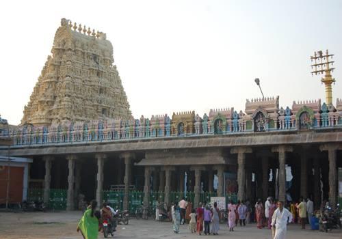 Nilathunda Perumal, Nilathingal Thundathan, Kanchipuram.