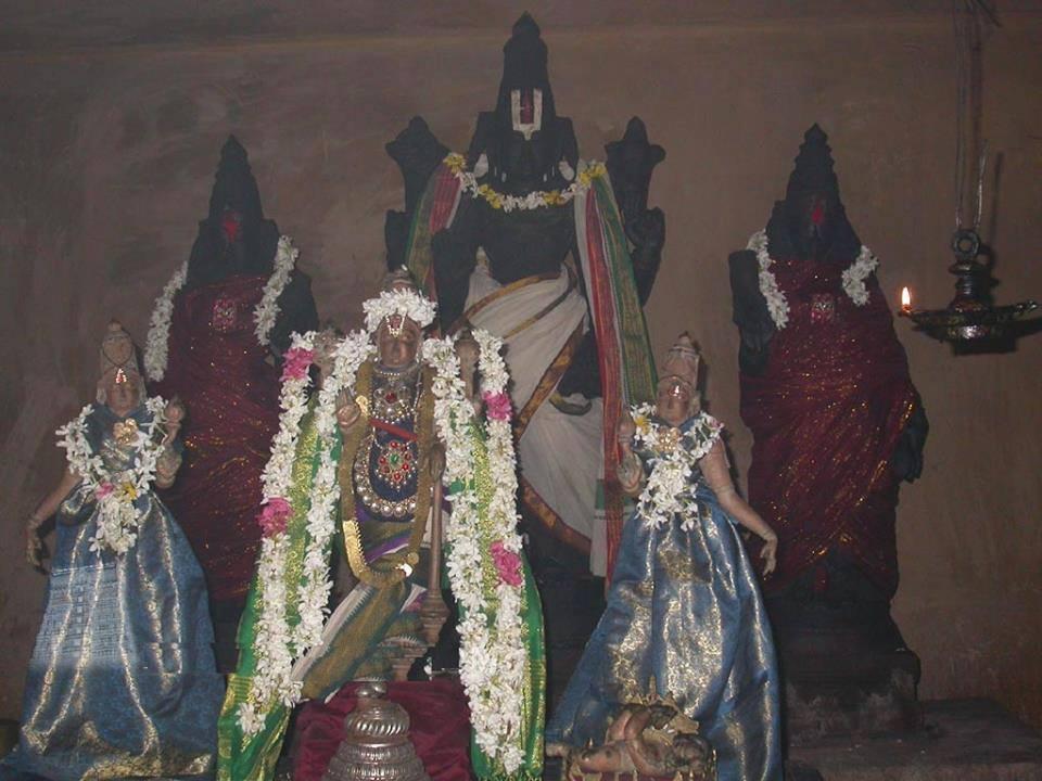 Sri Varada RajaPerumalTemple.Seerkazhi.Thirunaangur. Tamil Nadu